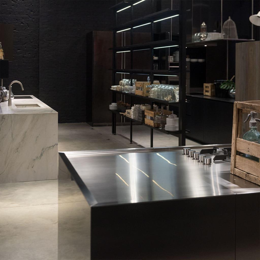 Home_Kitchens_02-Modern